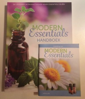 modern-essentials-boek-en-mini-boekjes-pocketgids
